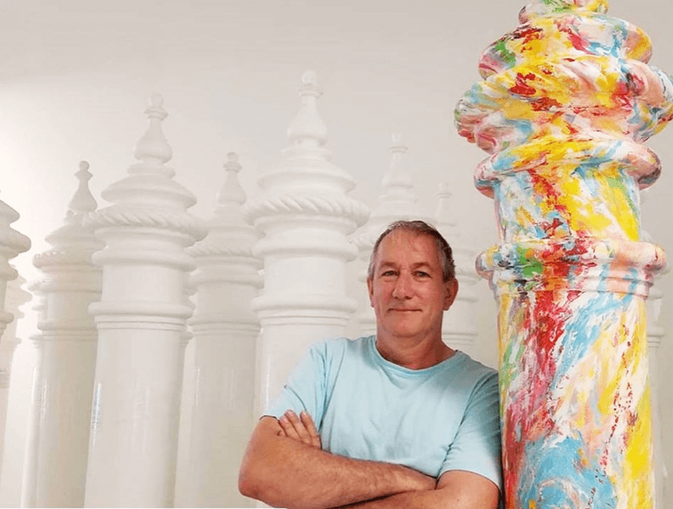 GRAHAME MENAGE SHARES TIMELESS CRAFT OF MURAL PAINTING
